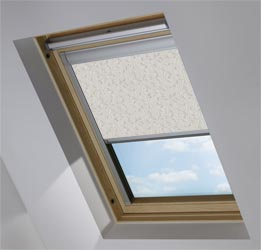 Custom Skylight in Wild Geese Taupe Blackout