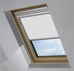 Solar Skylight in Wild Geese Light Grey Blackout